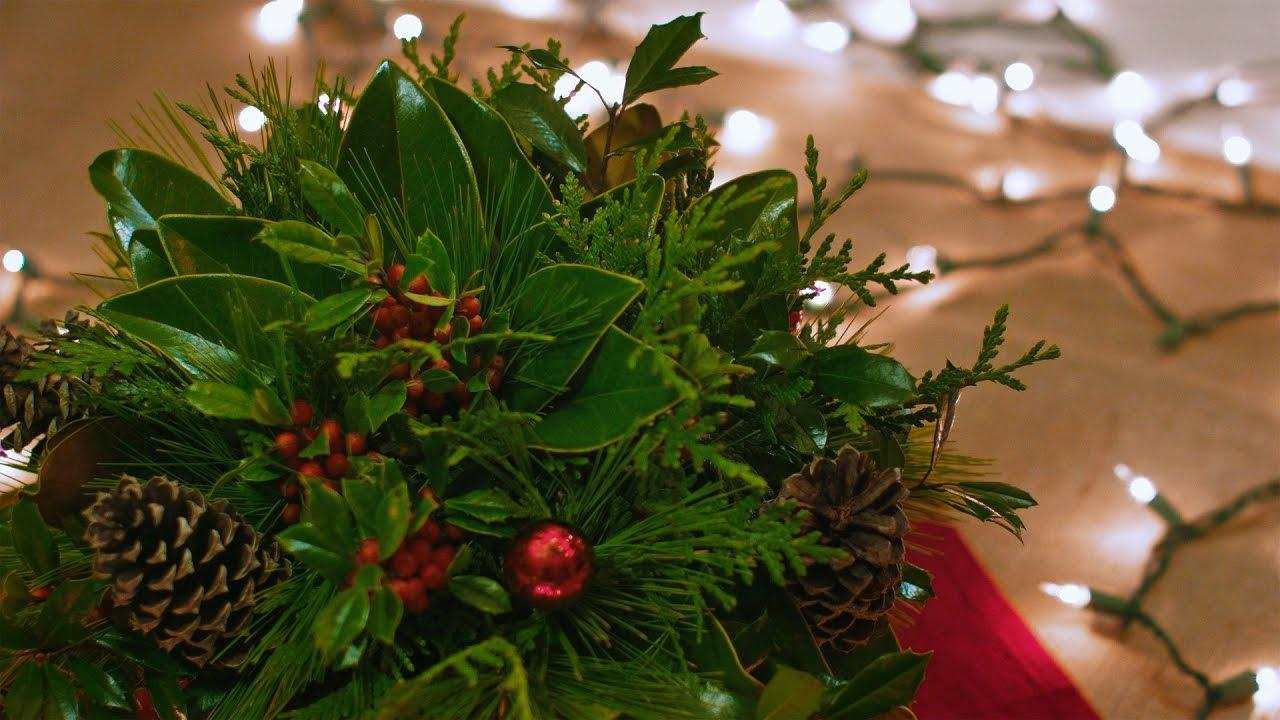 Make a Christmas Centerpiece with the Wantaknohow Garden Club